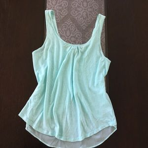 🎉(5 for $8) Mint green express tank top